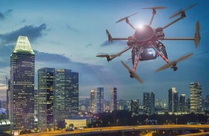 无人机对特高压线路开展全自动智能巡检 发现缺陷效率比人工高70%