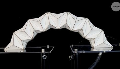 受折纸艺术的启发 哈弗大学开发出双稳态充气结构 不需持续压力就可以保持稳定状态