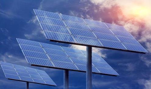 新的世界纪录!基于硅的III-V串联太阳能电池效率达到35.9%