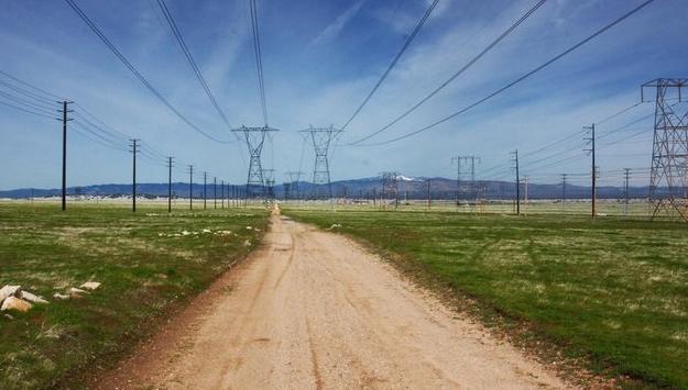 超越太阳能和风能:实现清洁电力目标的10个步骤