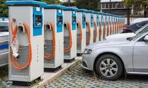 """充电桩上市企业借到新基建的""""东风""""了吗?过半企业营收实现正增长"""