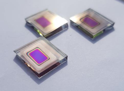 科学家制造双面硒太阳能电池 可用作串联PV器件中的顶层电池