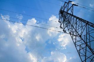 电力平衡和支撑能力不足,难以支撑新能源的巨量接入