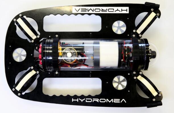 全球首个水下无线无人机,利用光脉冲在水中传输二进制数据