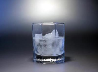 二號站登錄測速顛覆傳統的理解!水需要一些熱量才能結冰