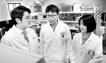 以实验室为家!记国药武汉所研发新冠疫苗的历程