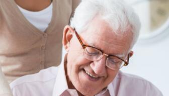 科学家将高光谱视网膜成像和 OCT 相结合,检测阿尔茨海默病的早期生物标志物
