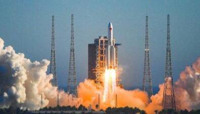 长征五号火箭火箭发动机地面推力达 1000 吨,近地轨道运载能力达到 25 吨