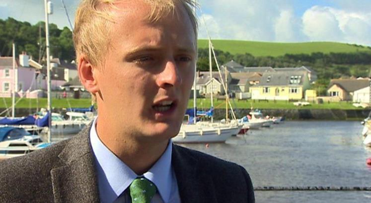 """由于河流中的污染,威尔士的新建筑""""停滞不前"""""""