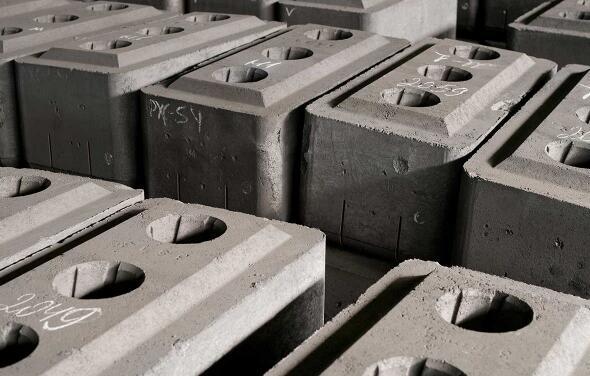 """""""磚塊儲能""""了解下:簡單,方便而且成本還低"""