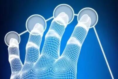 可以模仿人類觸覺的人造皮膚,讓機器人更靈敏