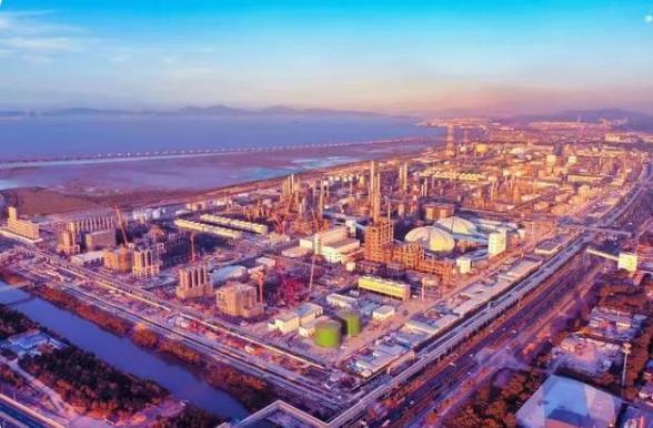 中国最大的炼化一体化基地全面建成:打造中国石化旗舰型标杆企业