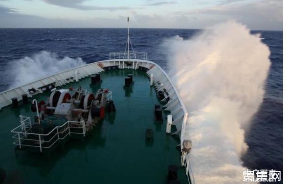 远望测量船完成任务回港,这艘大船的任务是看护火箭上天