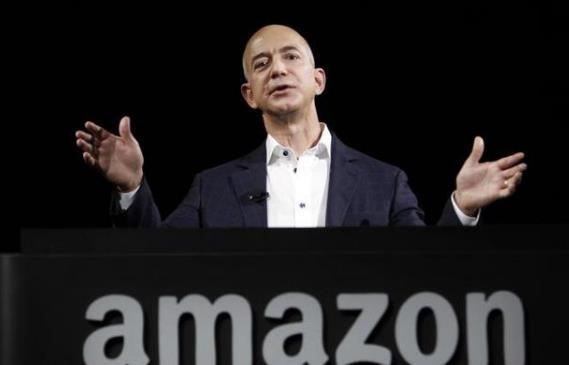 貝佐斯卸任亞馬遜CEO!白手起家從小作坊蛻變為科技巨頭