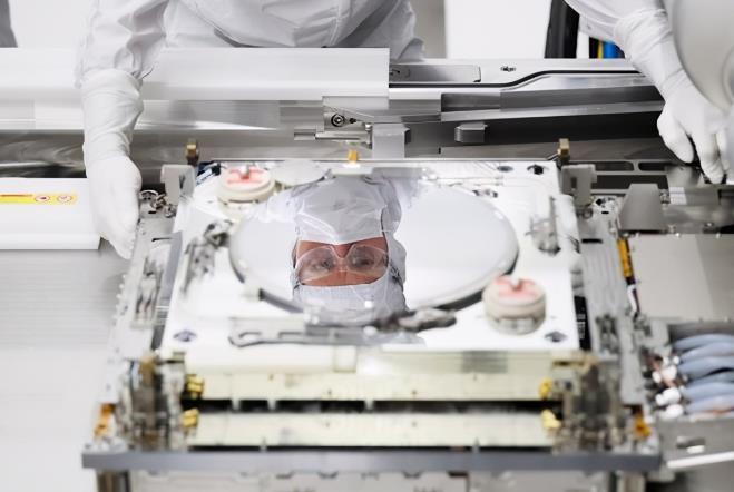 """云南大學找到了芯片""""新材料"""" 有望徹底改變世界芯片的制造和研發"""