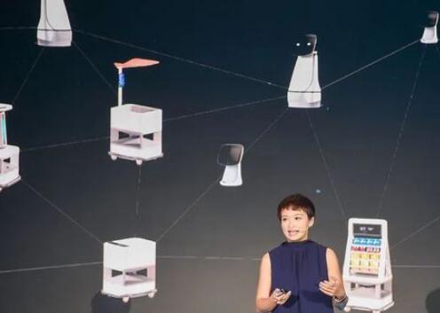 人机共生的时代已悄然而至,泰坦智能机器人再次突破了人类对机器人的想象边界