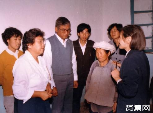 李桓英教授事迹:98岁仍奋斗在麻风病防治研究第一线,为彻底消灭麻风病而努力