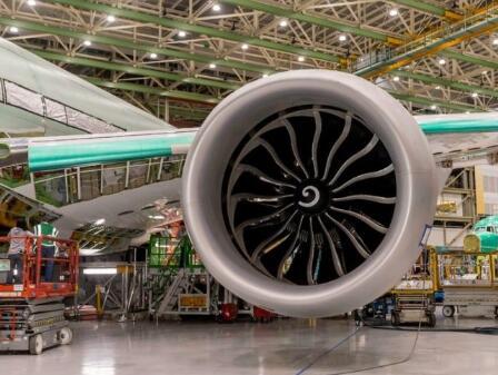 航空公司黔驴技穷,为了节省成本开始打起飞机内饰的主意