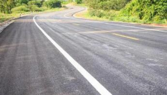 高性能应力吸收膜夹层来了:可长期保护沥青 进一步增加车道的抗裂性