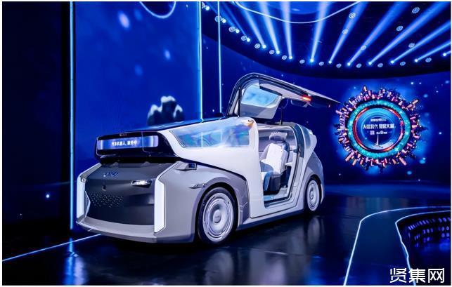 """李彦宏造""""L5级汽车机器人"""",马斯克造""""L2级汽车+机器人"""""""