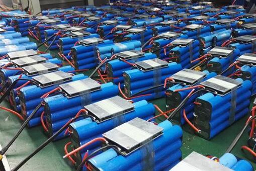 """如何防止退役电池流入""""黑户""""手中?工信部将加快完善动力电池回收制度"""