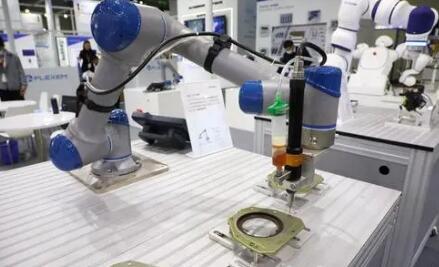 未来的机器人可以检测人类意图,将大大提高人机协作的效率