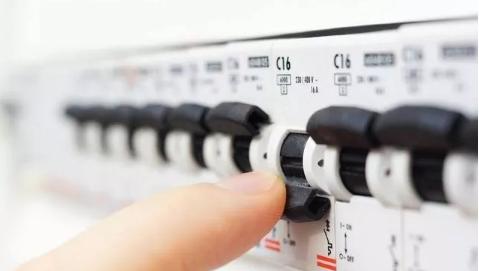 配电箱跳闸,如何确定是线路漏电还是用电器漏电?