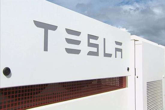 """特斯拉""""内鬼""""马丁·特里普声称要对特斯拉超级电池工厂(Gigafactory)进行枪击"""
