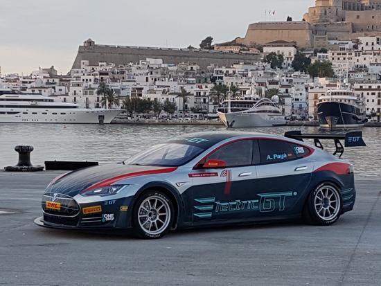 Electric GT Model S P100DL赛车2.1秒内实现百公里加速