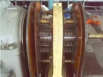 为何汽轮机转速不变,而发电量增加?