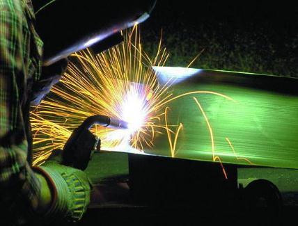 二氧化碳保护焊接飞溅的原因分析与解决方法