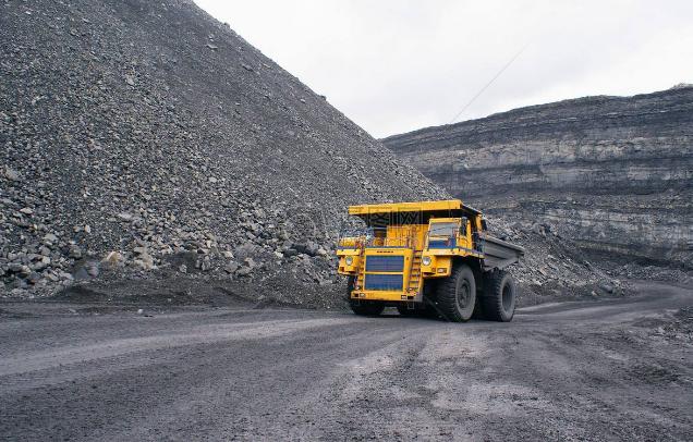 今年动力煤市场为何会淡季不淡、旺季不旺?