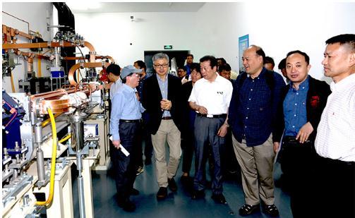 基于可调极紫外相干光源的综合实验研究装置项目通过验收
