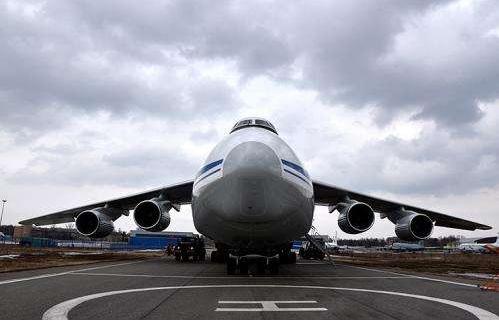 """抢先了解俄罗斯的""""背着""""液化气罐的飞机"""