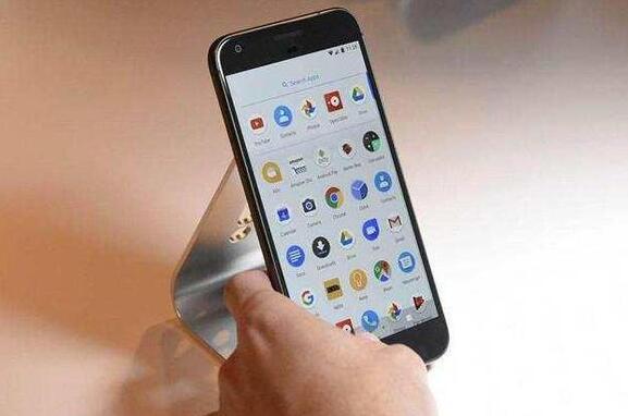 Android系统即将告别免费时代,国产手机或迎来集体涨价