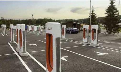充电站与车充电桩的使用及区别