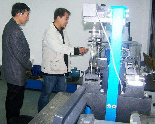 中科大研制出高强度仿生工程材料