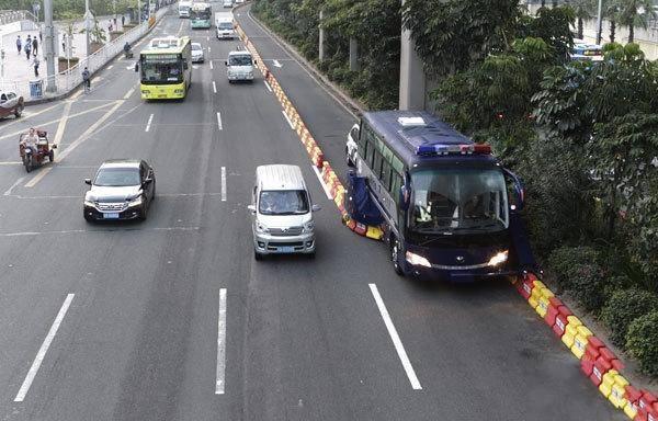 拉链车有多神奇?——梳理拥堵交通的神器