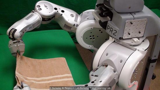 家务机器人可能即将出现,洗衣叠衣吸尘全包了
