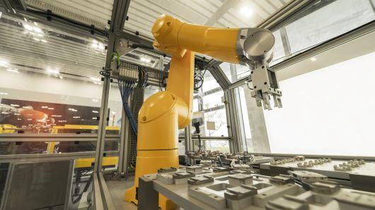 目标:2025年之前国内工业机器人占领70%市场