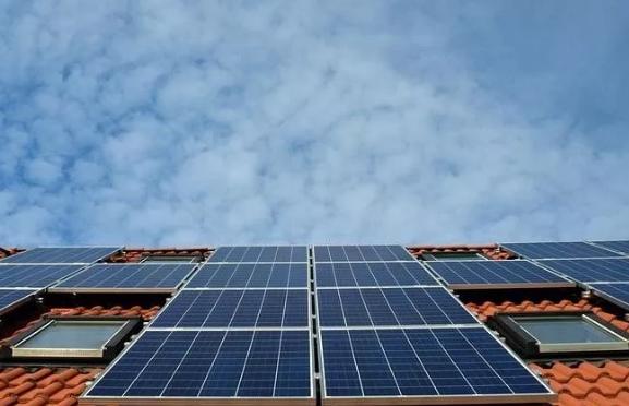 补贴缺口扩大,可再生能源发电将告别固定补贴