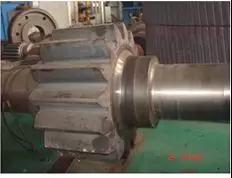 模拟齿轮轴渗碳淬火工艺改进及参数设置