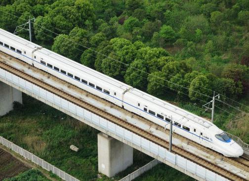 北京建航公司克服混凝土浇筑难题,完成京雄城际高铁一标工程混凝土供应