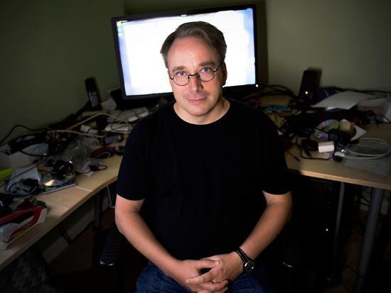 Linus Torvalds为多年的不当行为道歉