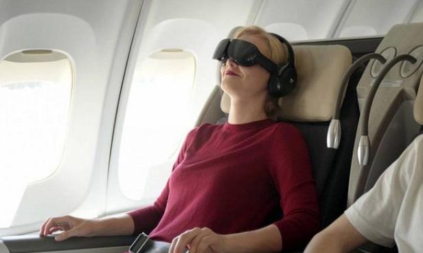 阿拉斯加航空计划为乘客提供机上VR头显
