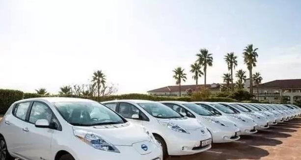 云南省加快推进新能源汽车等先进装备制造业发展