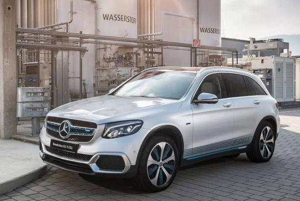 梅赛德斯奔驰将开发氢燃料电池用于商用车