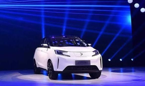 云南旅游汽车携手新特电动汽车打造智慧共享旅游体系