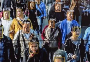 上海机场推出中国首个人脸识别技术,12秒通过安检