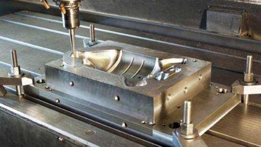 模具行业发展空间巨大  3D打印技术推动加速转型
